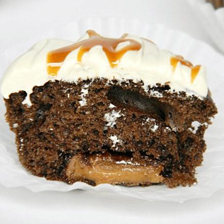 Candy-Bar-Cupcakes4