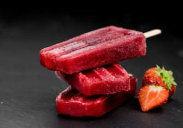 Strawberry popsicles