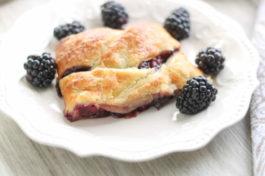 Fresh Blackberry Studel Recipe